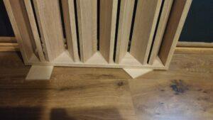 akusztikus panel visszahajtható lábbal (1)