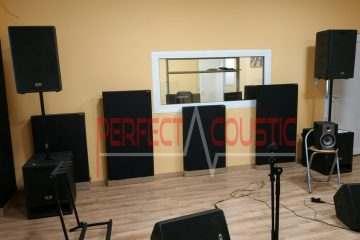 akusztikai panelek elhelyezése