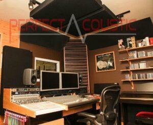 Csíkos akusztikai diffúzor-stúdió akusztika
