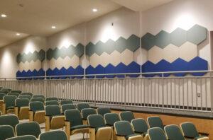 6 szögű panelek előadóterem