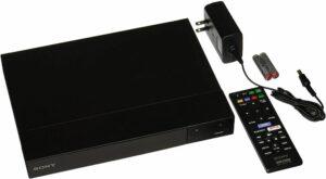 bdp-s6700-lejátszó és kábel, távirányító