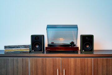 Mackie CR8-XBT stúdió monitor-fó kép